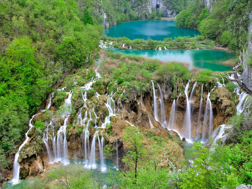 How to travel from Split to Plitvice Lakes National Park?