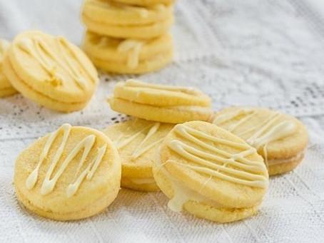 Biscotti allo zafferano e cioccolato bianco