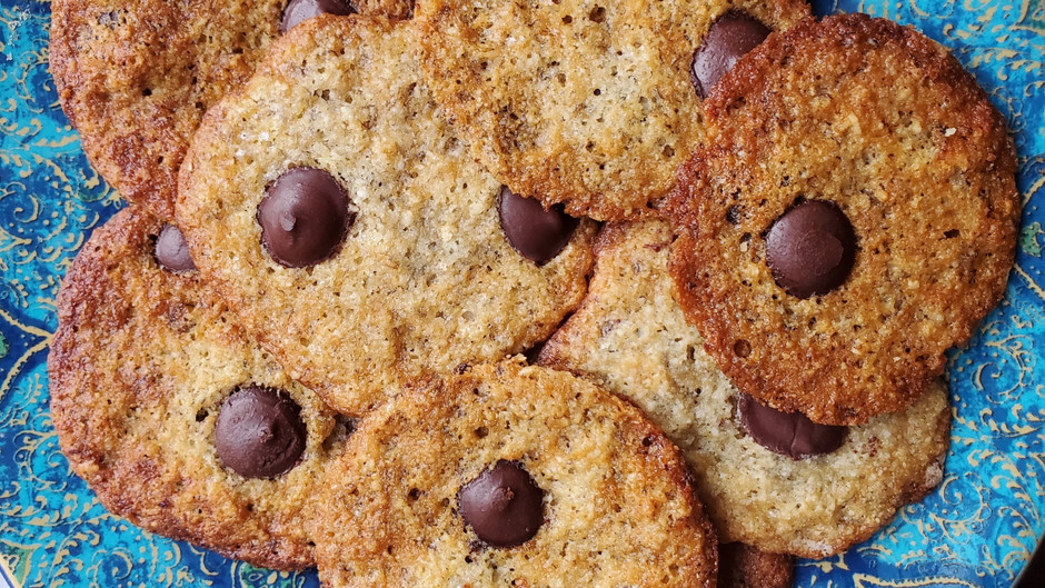 Crispy Banana Lace Cookies