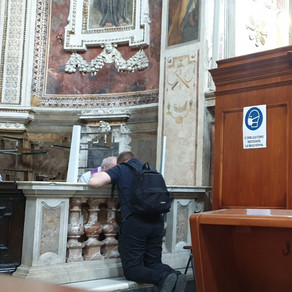 Crazy Italian confessional adventures