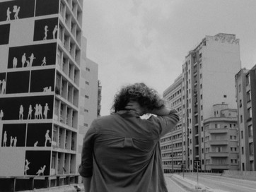 """Ana Larousse volta com o single """"Muro"""""""