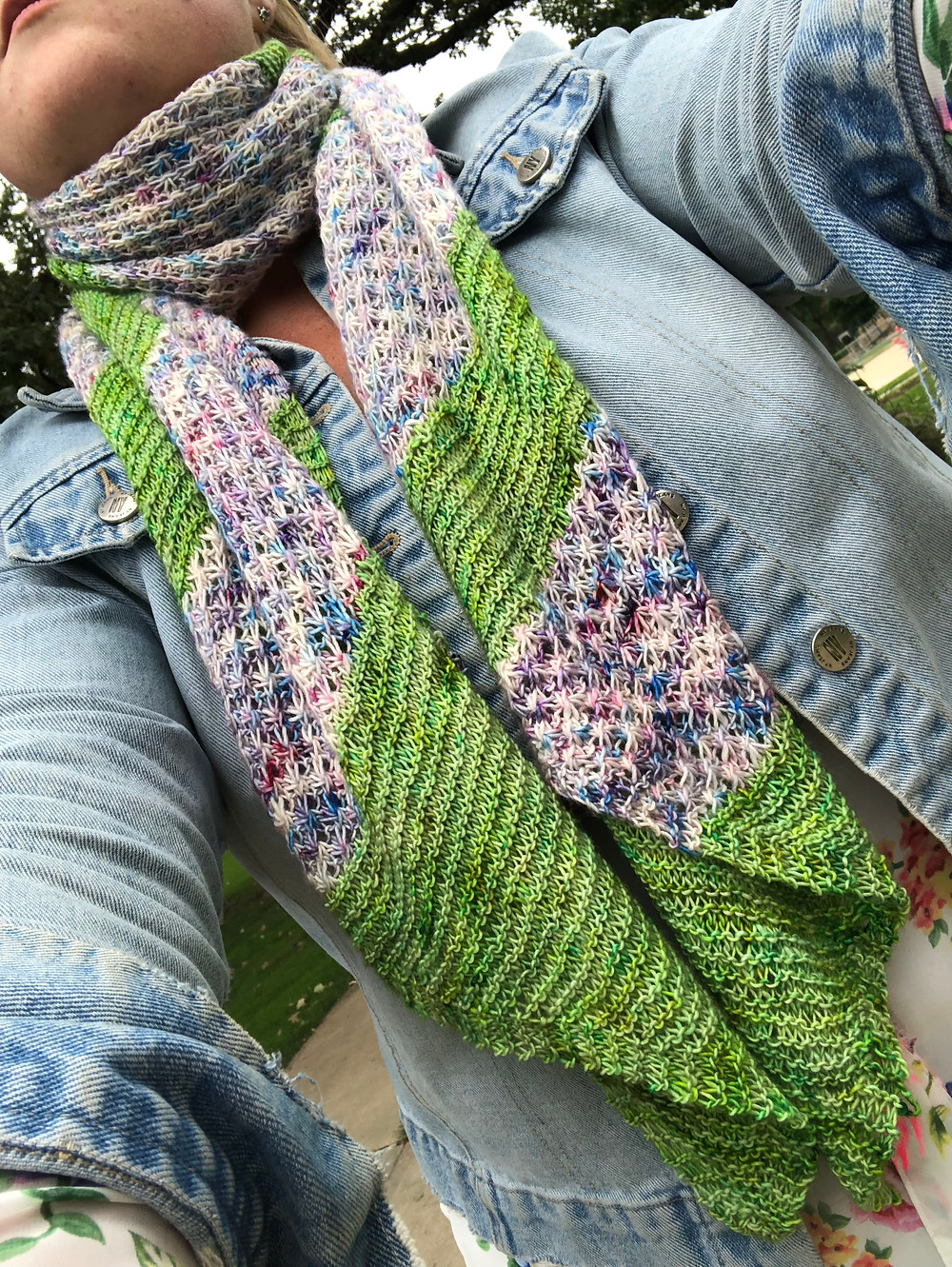 The English Garden Wrap knitting pattern is now available  for purchase!