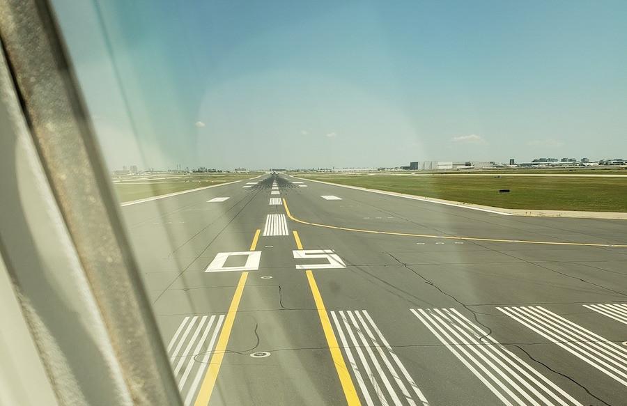 Air Canada Dreamliner Departing Toronto Pearson Airport