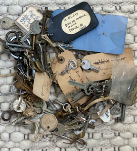 keys, heirlooms, history, death