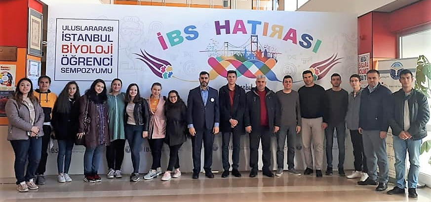 Ученици от трите духовни училища взеха участие в международен симпозиум по биология в Турция
