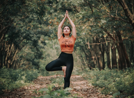 5 grounding yoga poses to root you to the present
