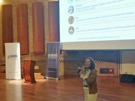 Conferencia promoviendo la participación de las niñas en actividades STEAM