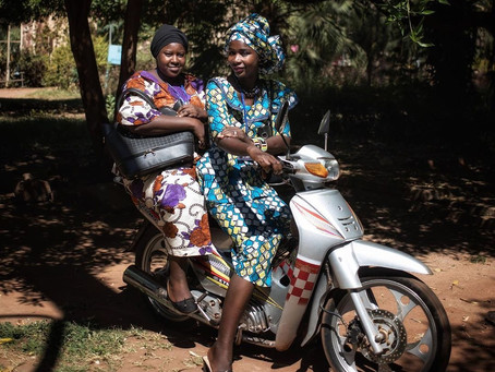 Everyday women riders of Mali