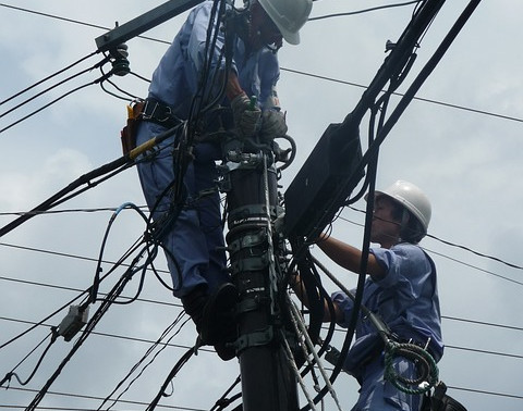POWER OUT: Citizens Reeling