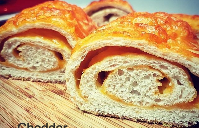 Easy Cheese Bread