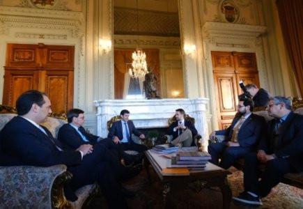 Reunião com o governador do estado, Eduardo Leite: concessão de parques nacionais, promoção do Ecoturismo e fortalecimento do turismo na região entre os assuntos da pauta.