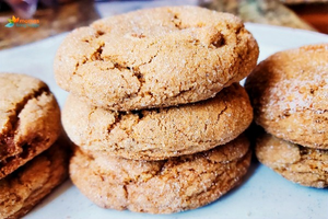 Soft Chewy Gingersnap Cookies