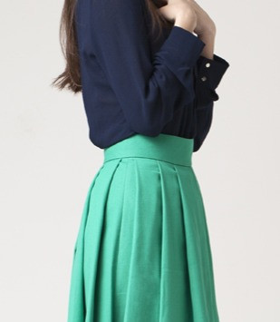 how to look taller - color blocking