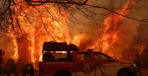 Permanece activo incendio en el norte de Córdoba con vientos que superan los 80 kilómetros por hora
