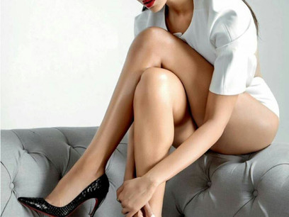 HOTTEST FEMALE CELEBRITIES IN BOLLYWOOD 2021