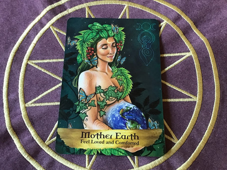 Card of the day- Gaia - 13-4-20
