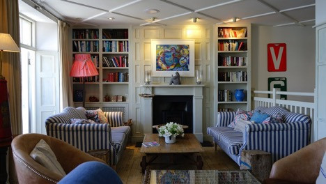 The interior designing experts who ideate remarkable living room designs, recommend looking for streamlined furniture to make a living room feel light and airy. For example, you can opt for small two-seater sofas and arrange them in two different corners of the room instead of settling for a huge sectional that takes up an ample amount of space.