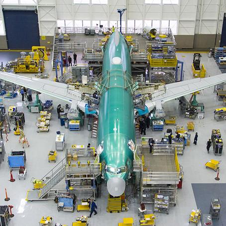 Boeing planea retomar la producción del 737 MAX a mediados del 2020