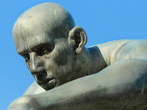 Loser's A Statue