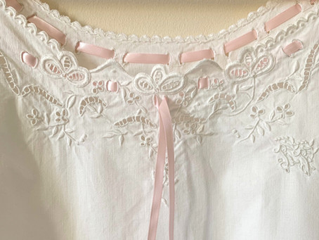 The Antique Nightgown Shopping Guide