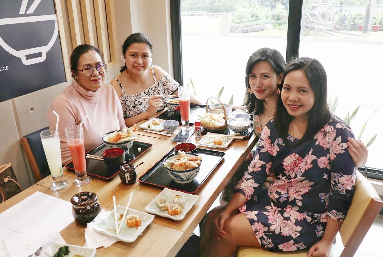 Mommy  BFFs with Mommy Pehpot in Tenya Tiendesitas