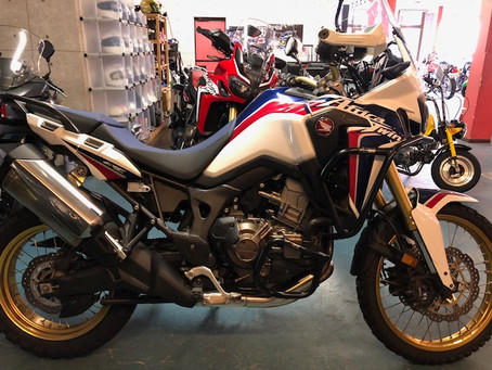 *CRF1000L Africa Twin DCT*
