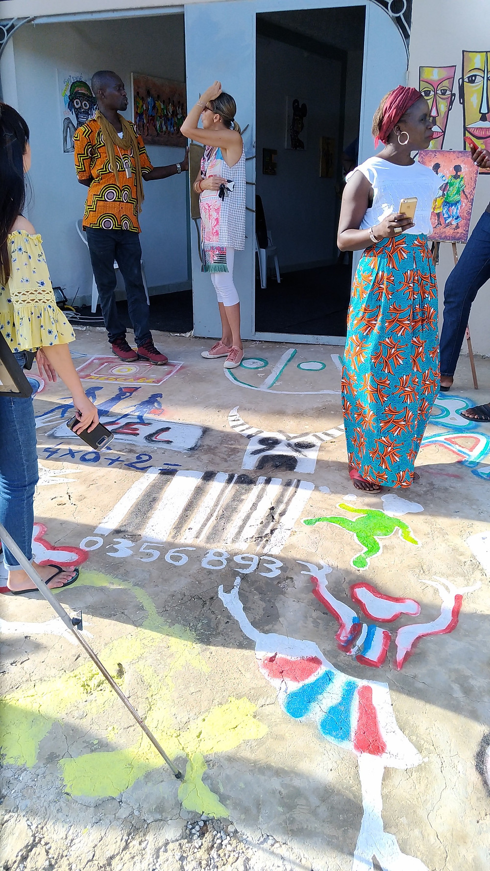"""Qui dit Street expo dit street art: tous les artistes du collectif """"Les Fous de Dakar"""" ont embelli la rue !"""