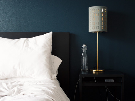This Is Why A Headboard Is So Important