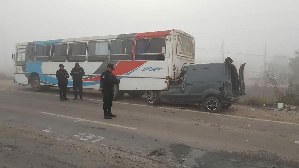 Ruta Nº 50 - Orán - Kangoo chocó contra un colectivo provocando la muerte de dos personas. Año 2018