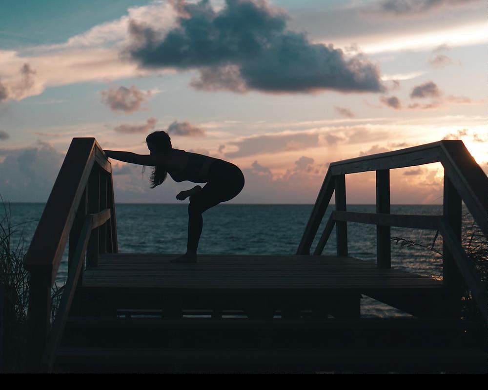Bubbly Yogi at Jupiter Beach Florida Morning Sunrise Yoga