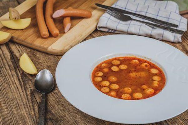 Zdravá frankfurtská polévka