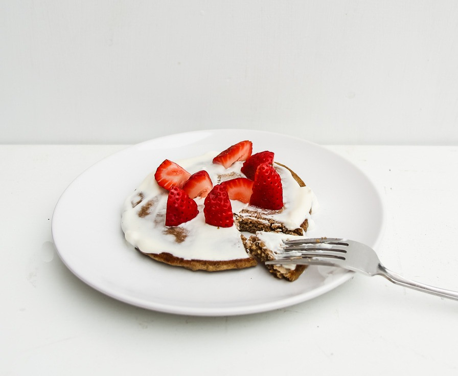 gluten free and sugar free strawberries and cream pancakes