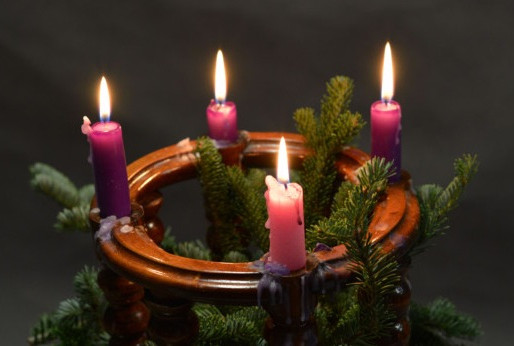 Prayer each Sunday Evening in Advent