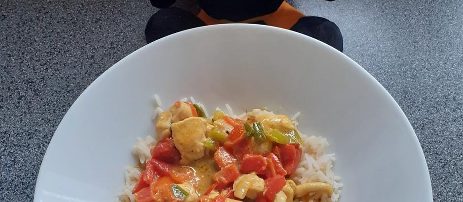 Chicken-Curry mit Reis (2 Portionen)