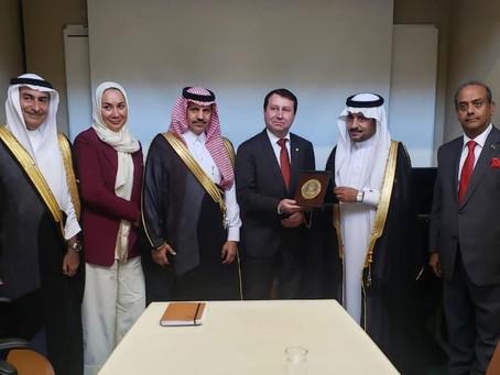 Deputado David Soares recebe delegação parlamentar da Arábia Saudita na Câmara dos Deputados