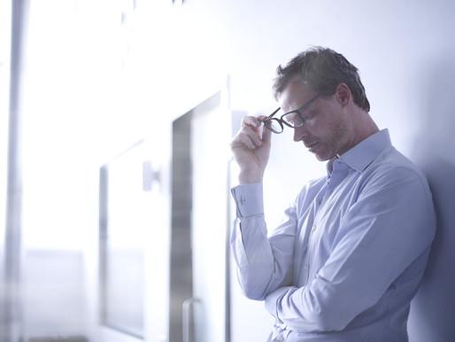 Medo de perder emprego causa doenças e distúrbios emocionais