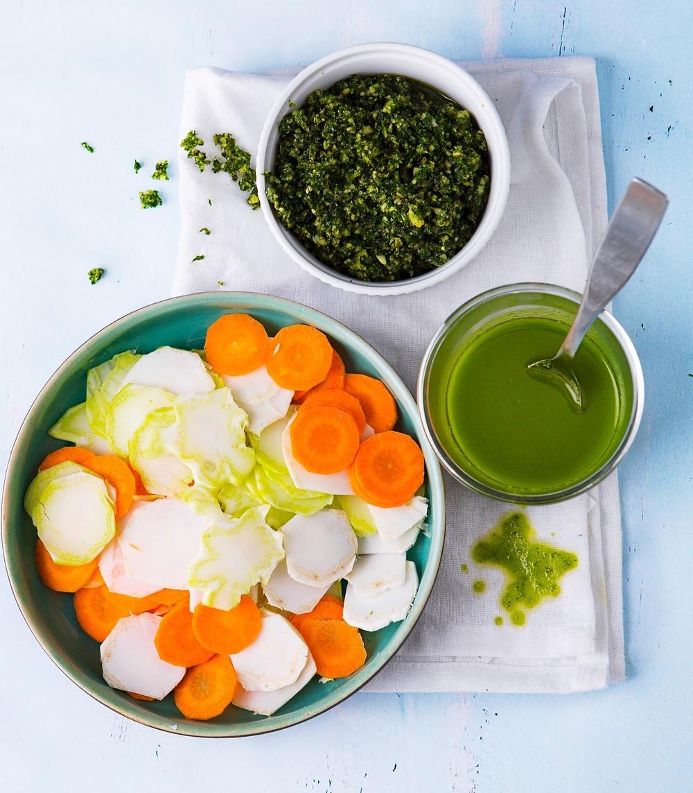 daržovių lapų pesto, receptas, zero waste, Alfas Ivanauskas