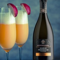 How to make a Bellini for Christmas