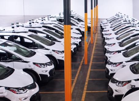 GM and Way Lead driverless car race; Telsa lags far behind