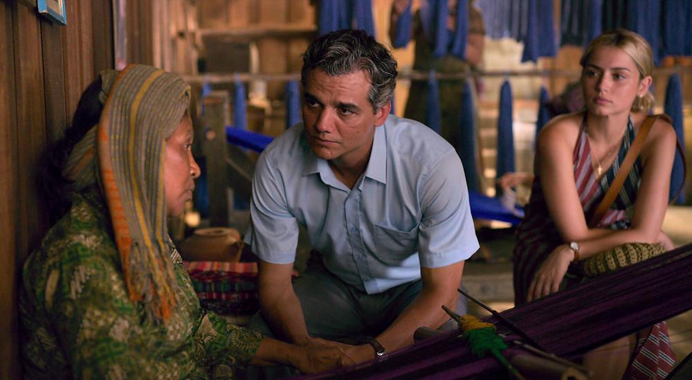 Senhorinha Gama Da Costa Lobo, Wagner Moura e Ana de Armas em cena do filme Sergio (2020), de Greg Baker | Divulgação (Netflix)