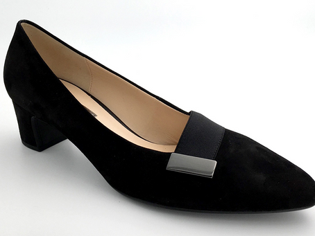 25.10. Bellissimassa DWC-ilta, kauniita kenkiä, koot 42-46