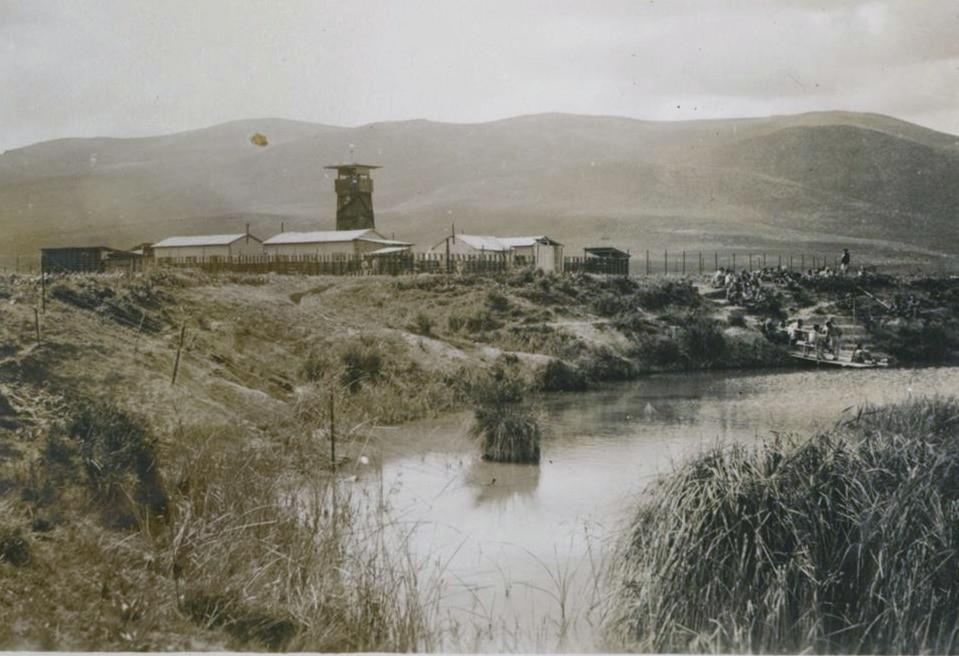 הקיבוץ הוקם בגדה הדרומית של הנחל. הקיבוץ הראשון ליישובי חומה ומגדל. 1937