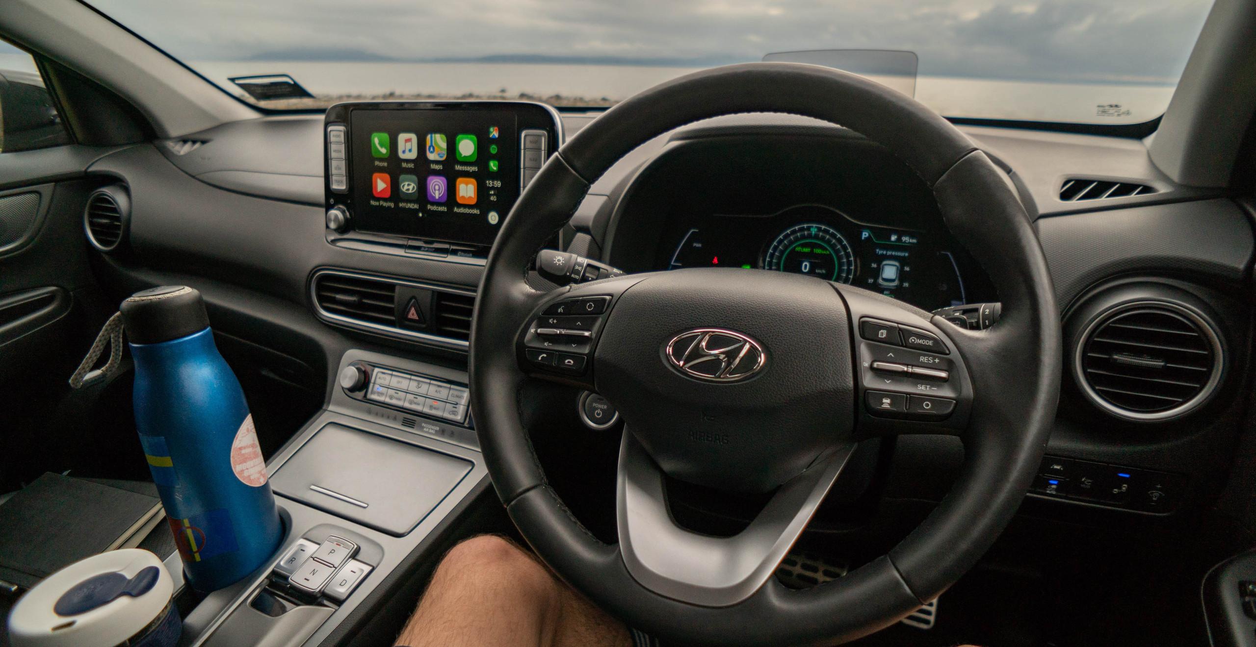 Hyundai Kona Electric 2019 interior steering wheel dashboard Apple CarPlay