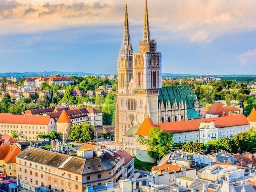 How to travel from Zagreb to Split, and viceversa?