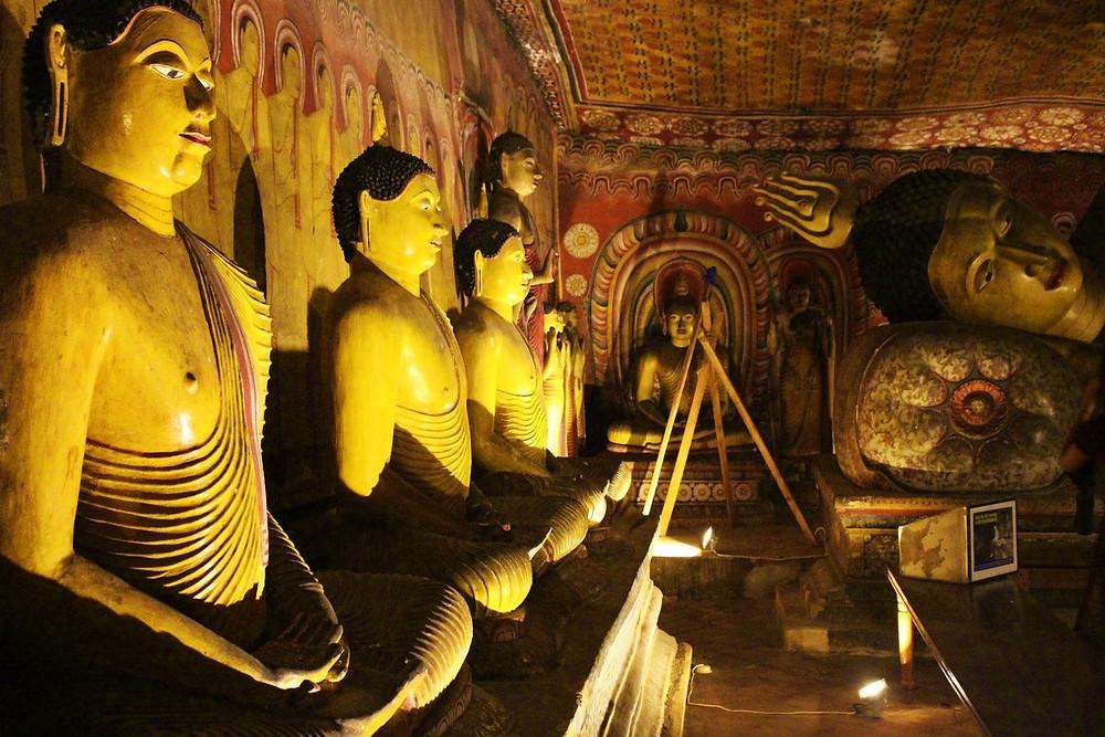 statues grottes de Dambulla Sri Lanka