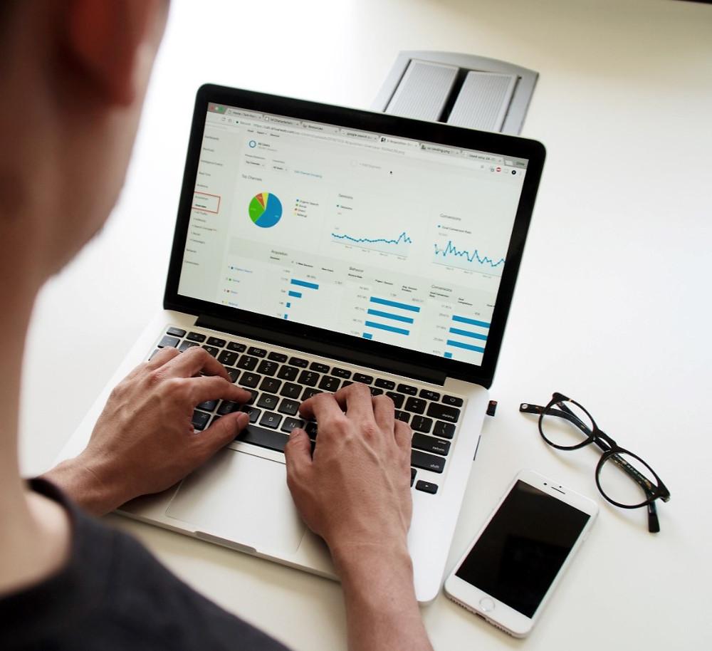Pourquoi créer un site en tant que professionnel ? Avantages d'avoir un site web