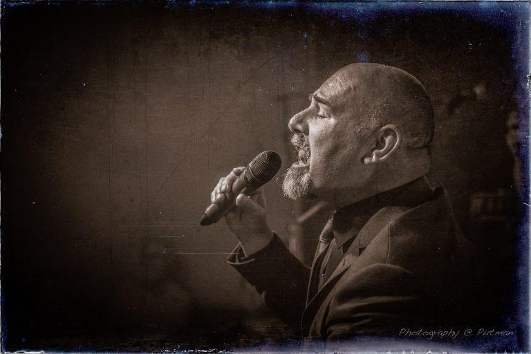Alexander Broussard scoort hoog met The Billy Joel Experience