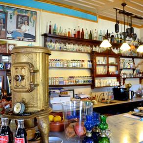 Midilli ' de Kafe ve Meze Keyfi