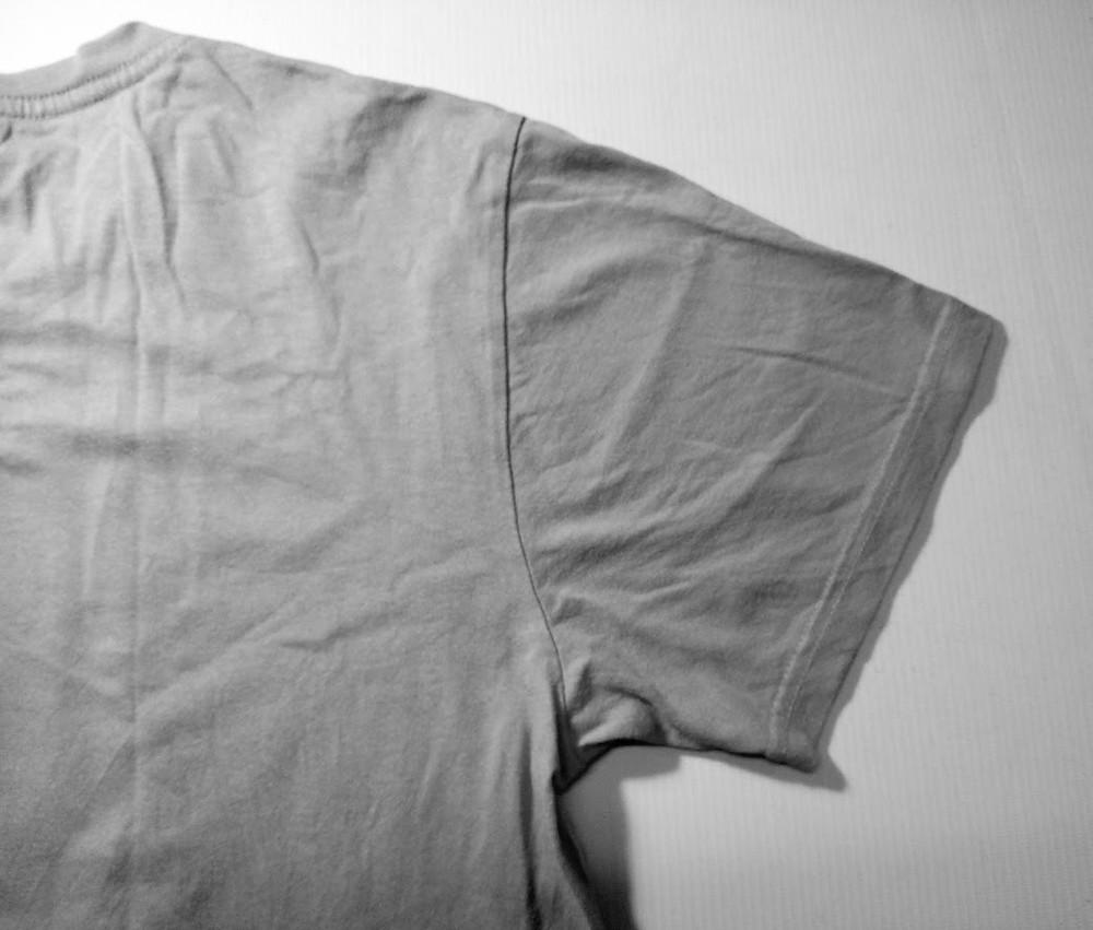 T shirt sleeve