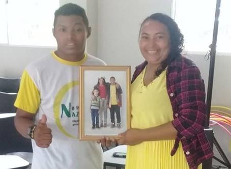 Projeto Portrait resgata a autoestima de crianças , adolescentes e suas famílias